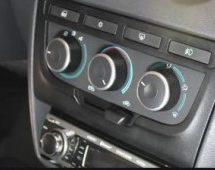 Seletor e botões do ar condicionado